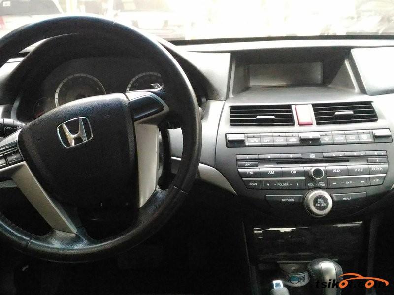 Honda Accord 2009 - 6
