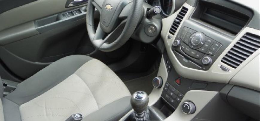 Chevrolet Cruze 2009 - 9