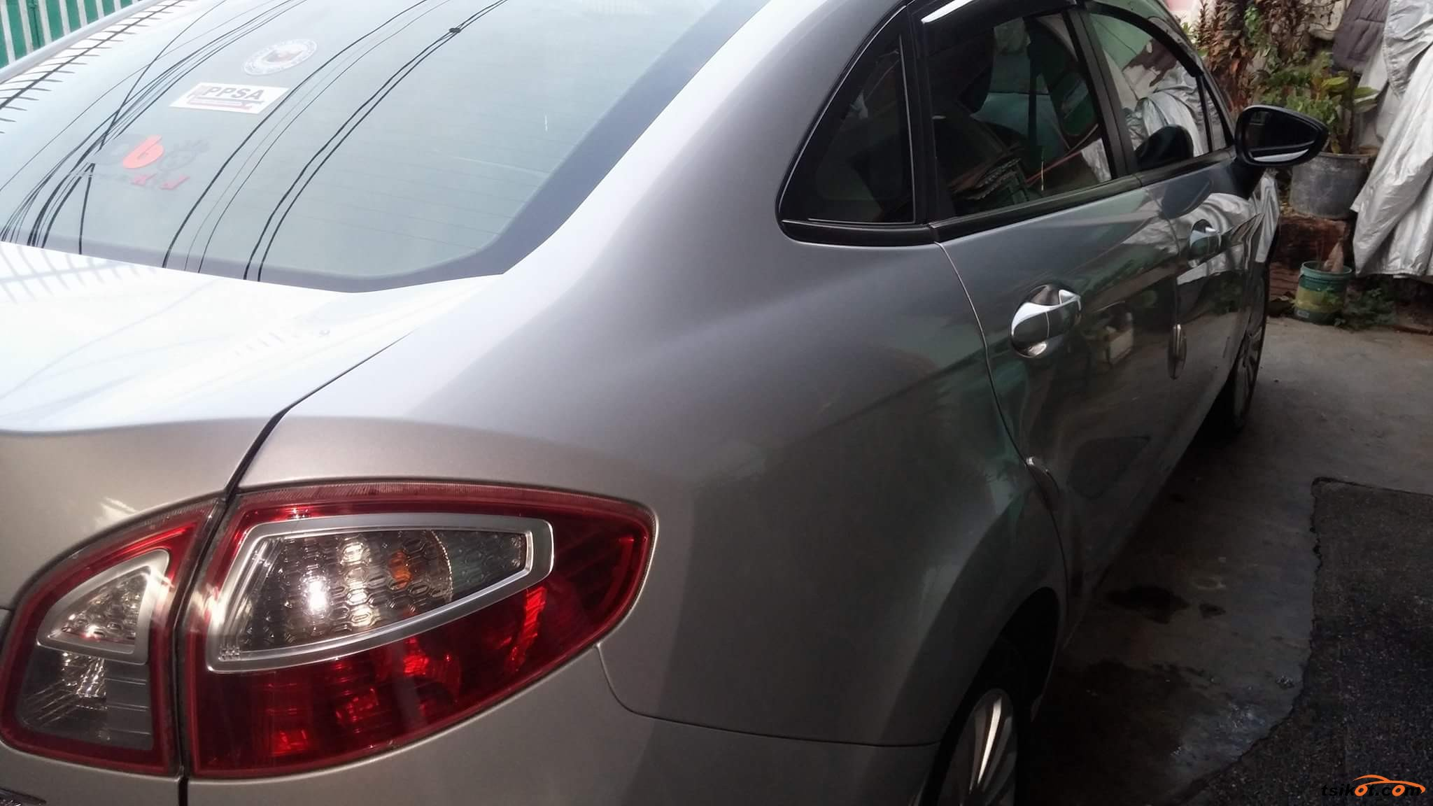 Ford Fiesta 2012 - 8