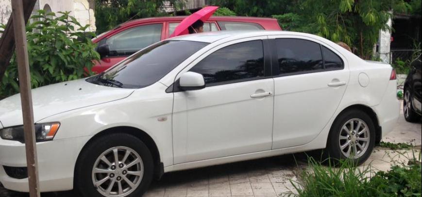 Mitsubishi Lancer 2010 - 4