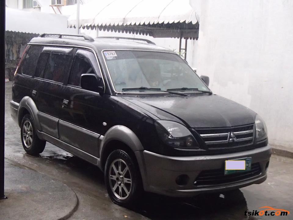 Mitsubishi Adventure 2010 - 10