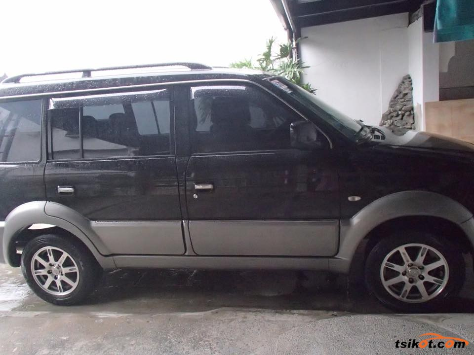 Mitsubishi Adventure 2010 - 5