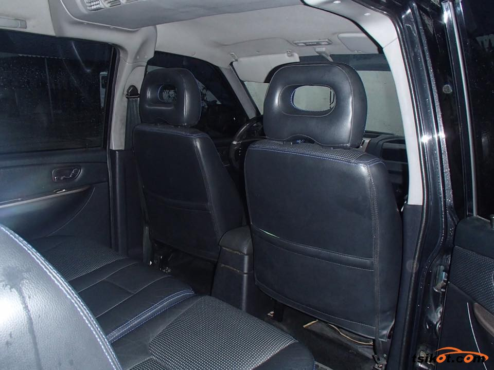 Mitsubishi Adventure 2010 - 6