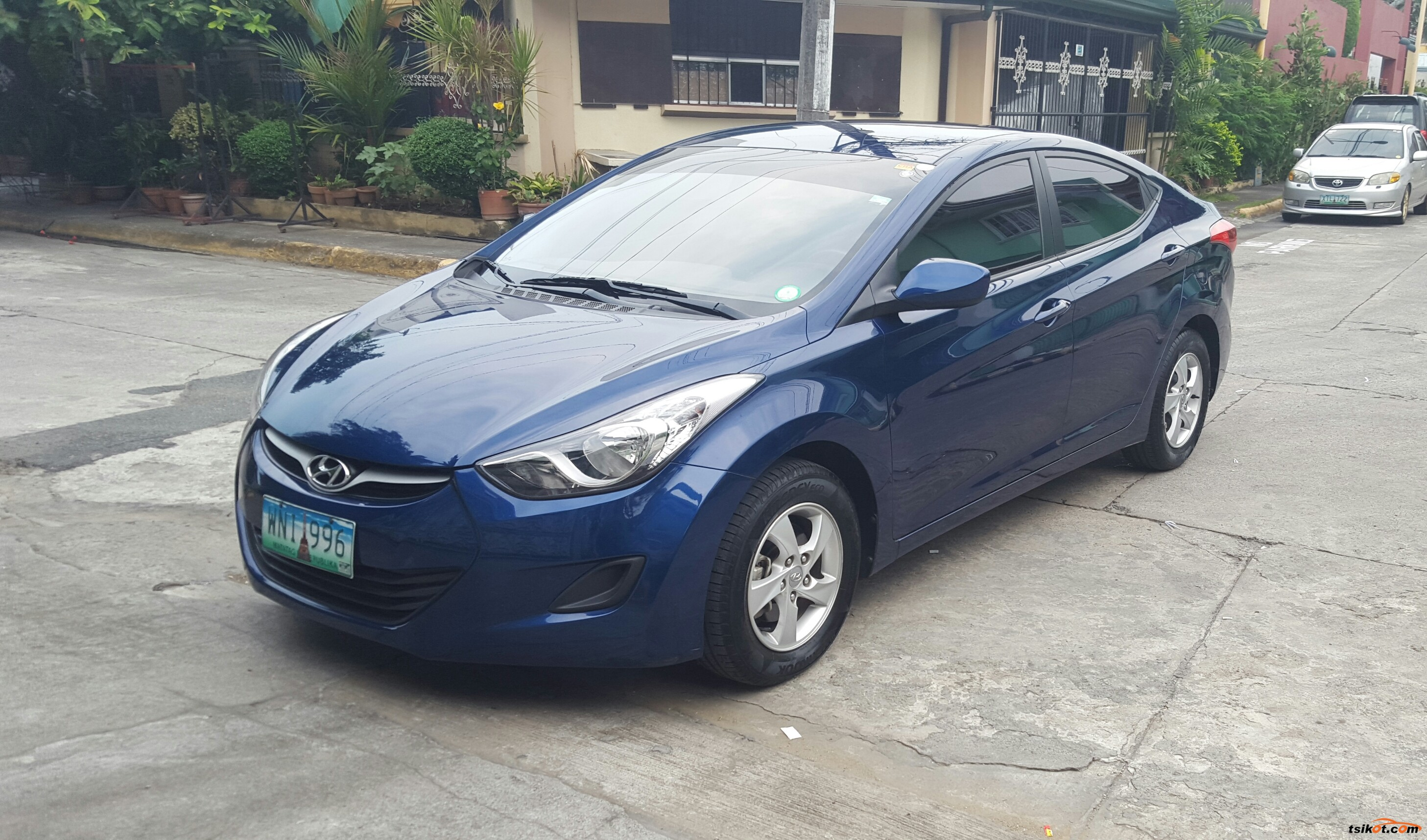 hyundai elantra 2013 car for sale metro manila. Black Bedroom Furniture Sets. Home Design Ideas