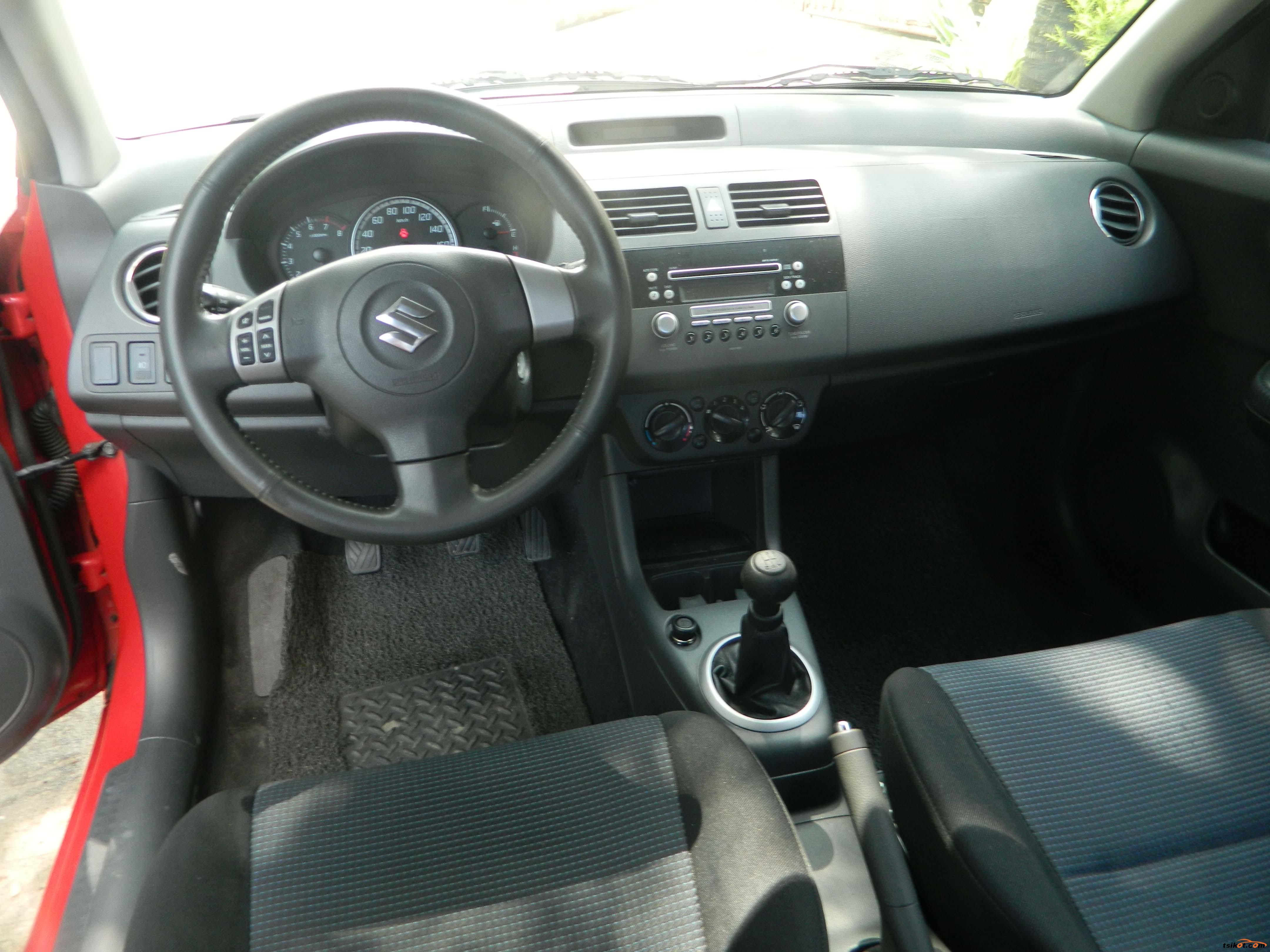Suzuki Swift 2009 - 3