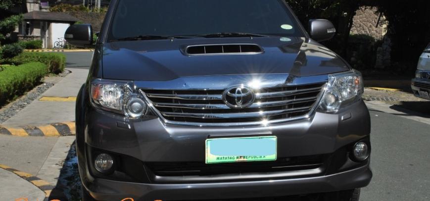 Toyota Fortuner 2013 - 12
