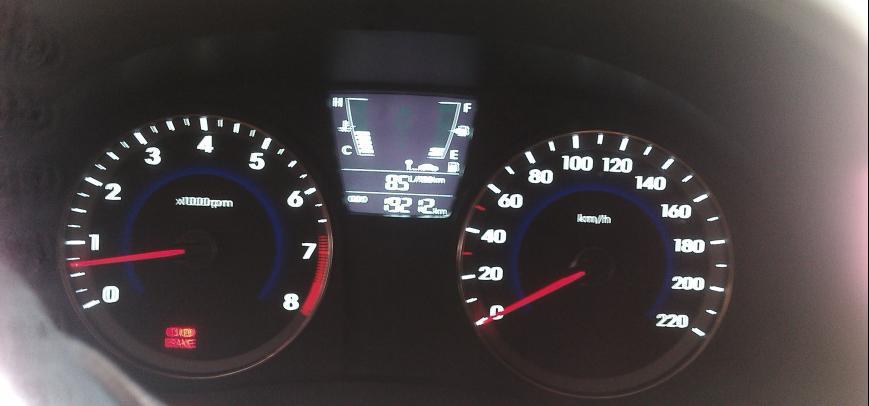 Hyundai Accent 2012 - 5