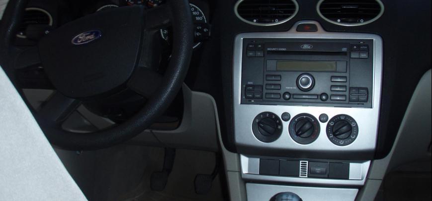 Ford Focus 2007 - 13