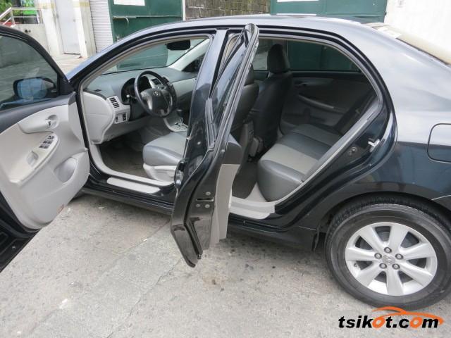 Toyota Corolla 2009 - 4