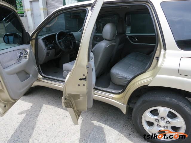 Mazda Tribute 2005 - 4
