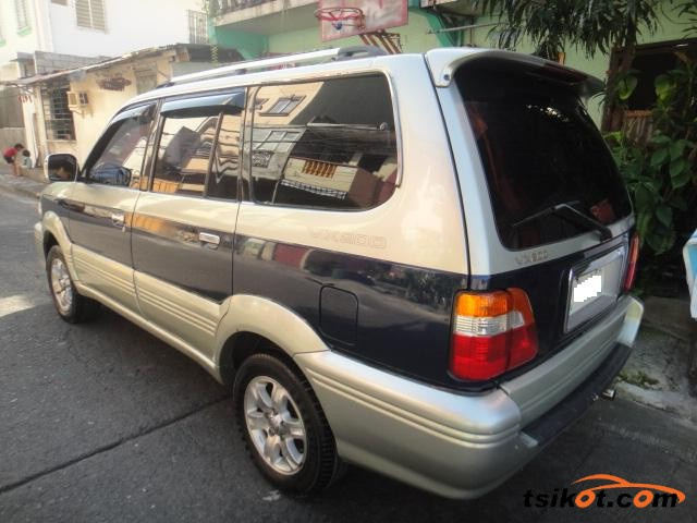 Toyota 1000 2003 - 2