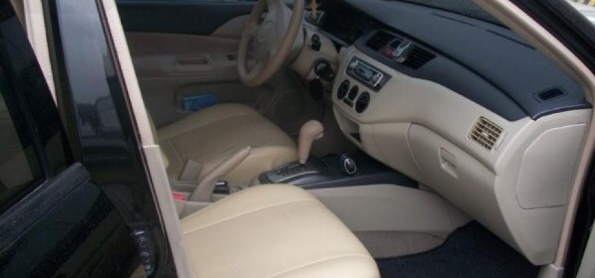 Mitsubishi Lancer 2005 - 3