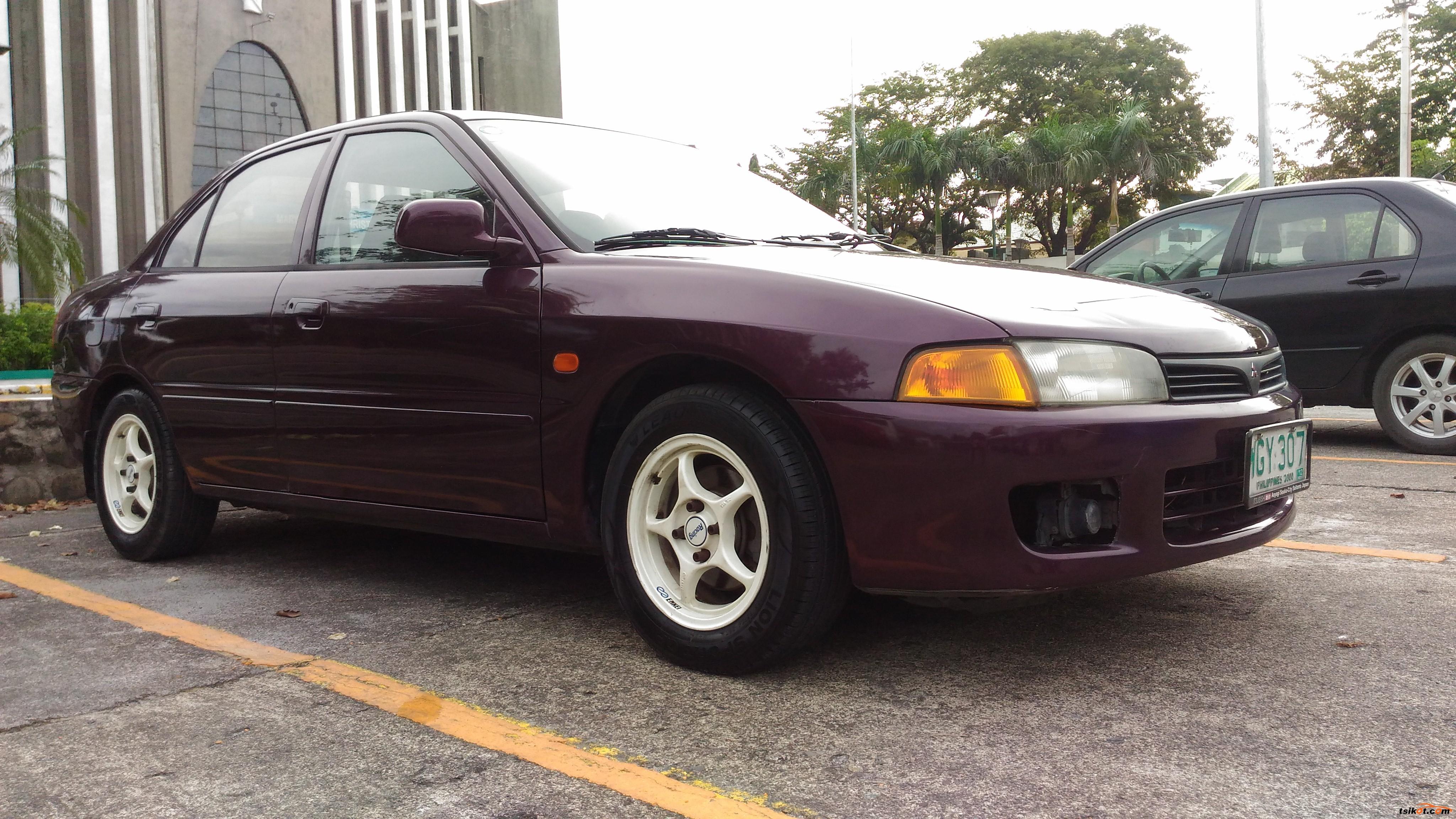 Mitsubishi Lancer 1999 - 3