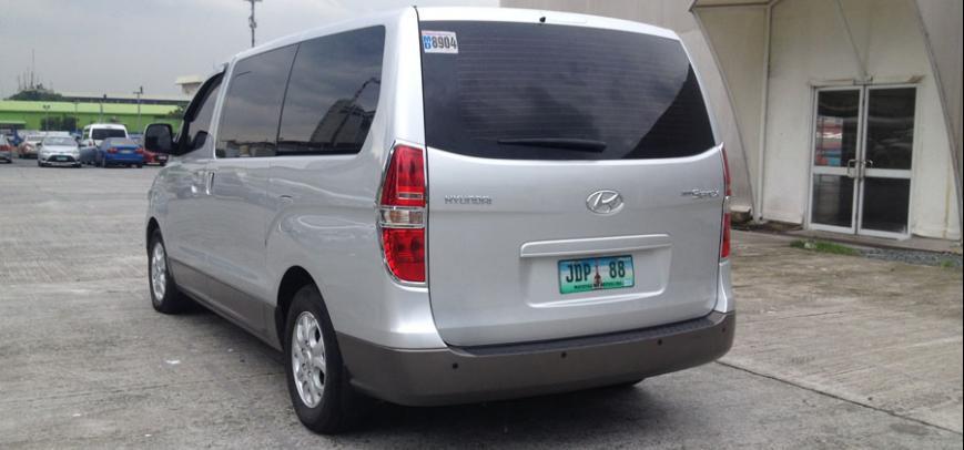 Hyundai Starex 2011 - 13