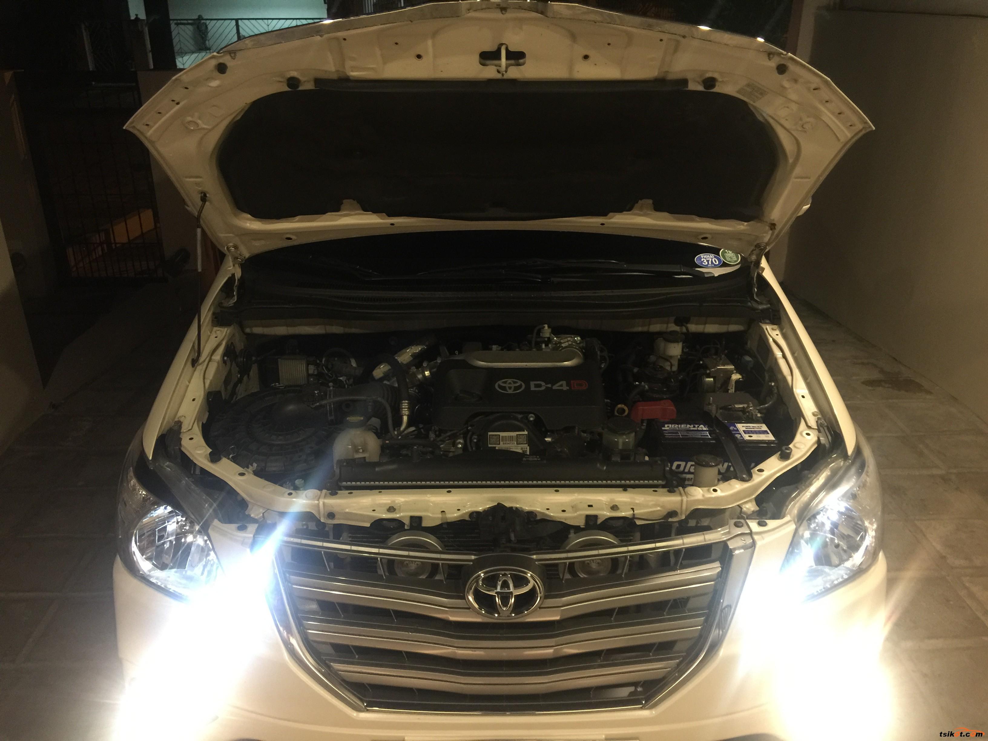 Toyota Innova 2015 - 10