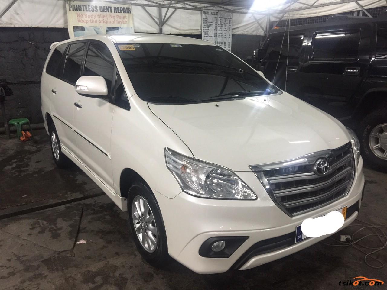 Toyota Innova 2015 - 2