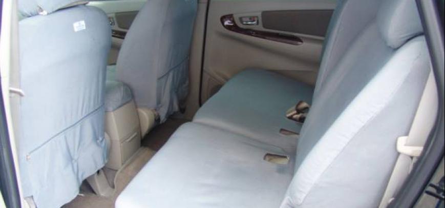 Toyota Innova 2012 - 5