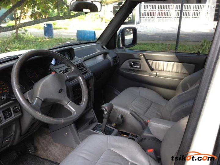 Mitsubishi Montero 1998 - 4