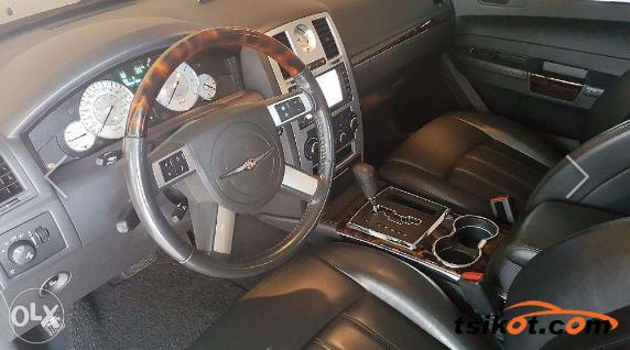 Chrysler 300 2010 - 3