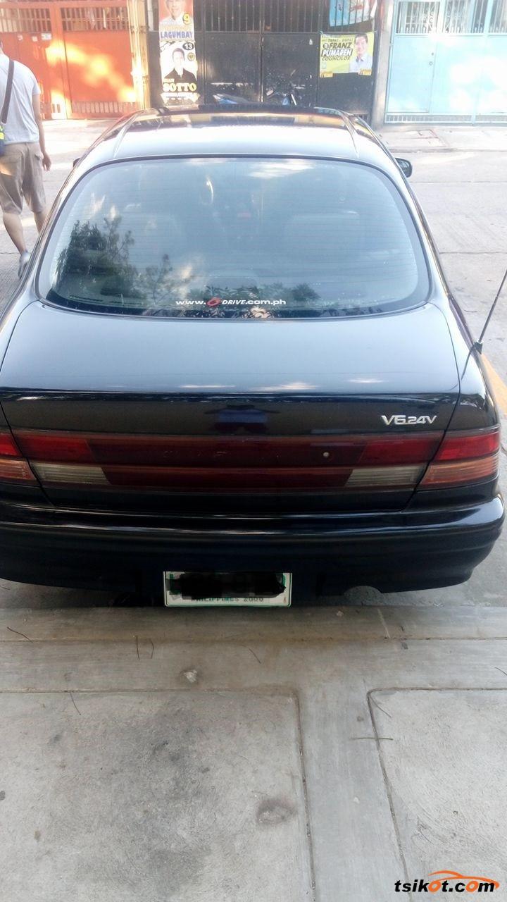 Nissan Cefiro 1997 - 2