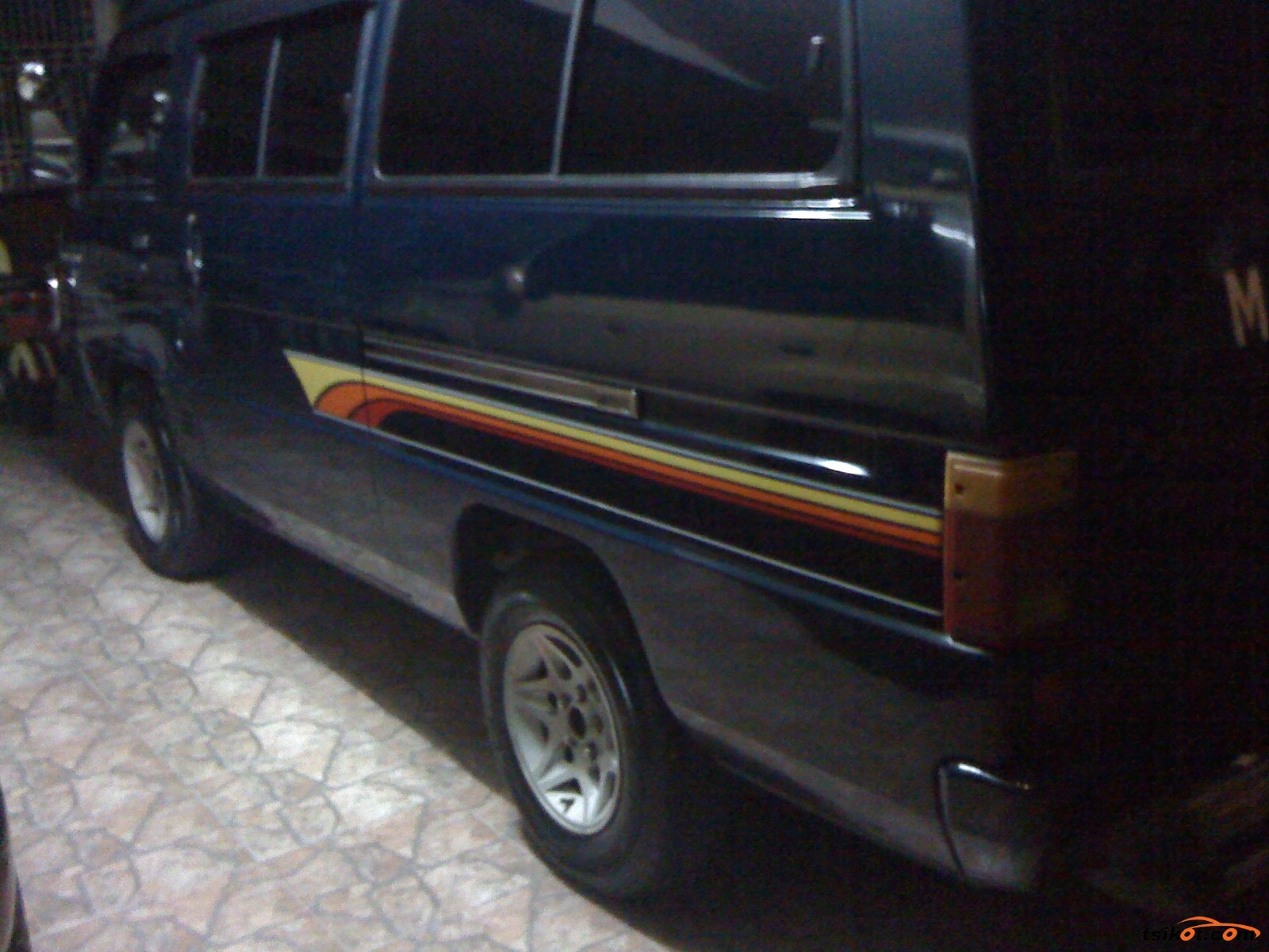 Mitsubishi L-300 1997 - 2