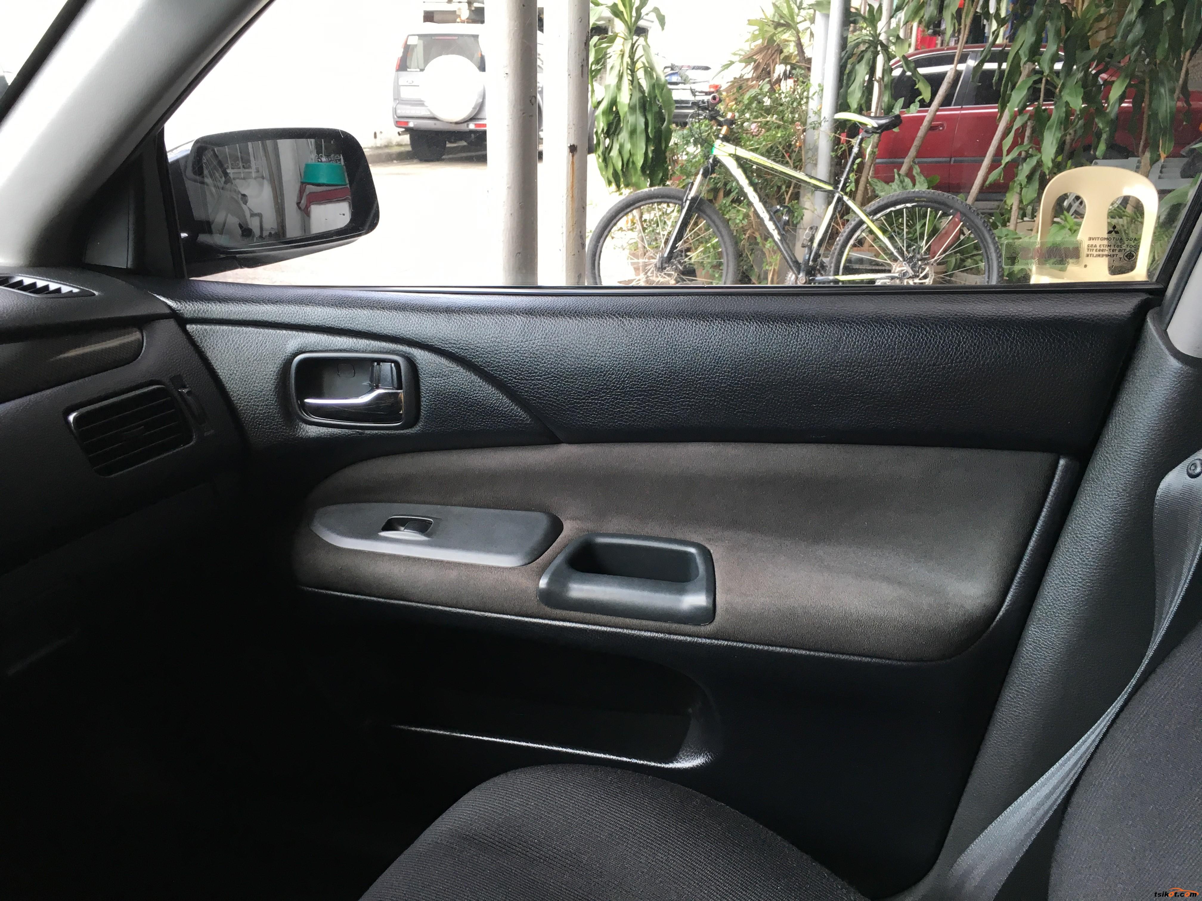 Mitsubishi Lancer 2012 - 7