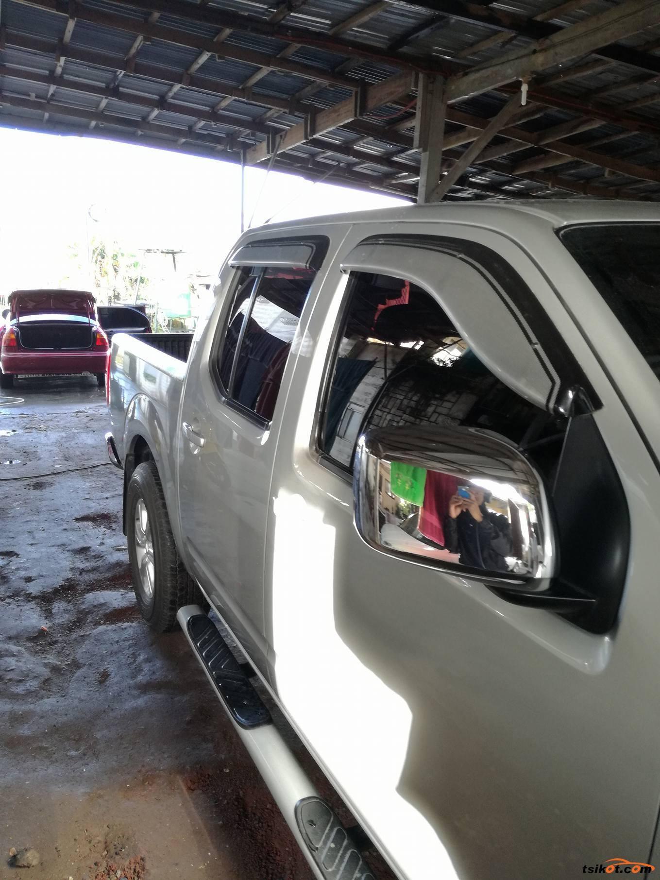 Nissan Navara 2009 - 5