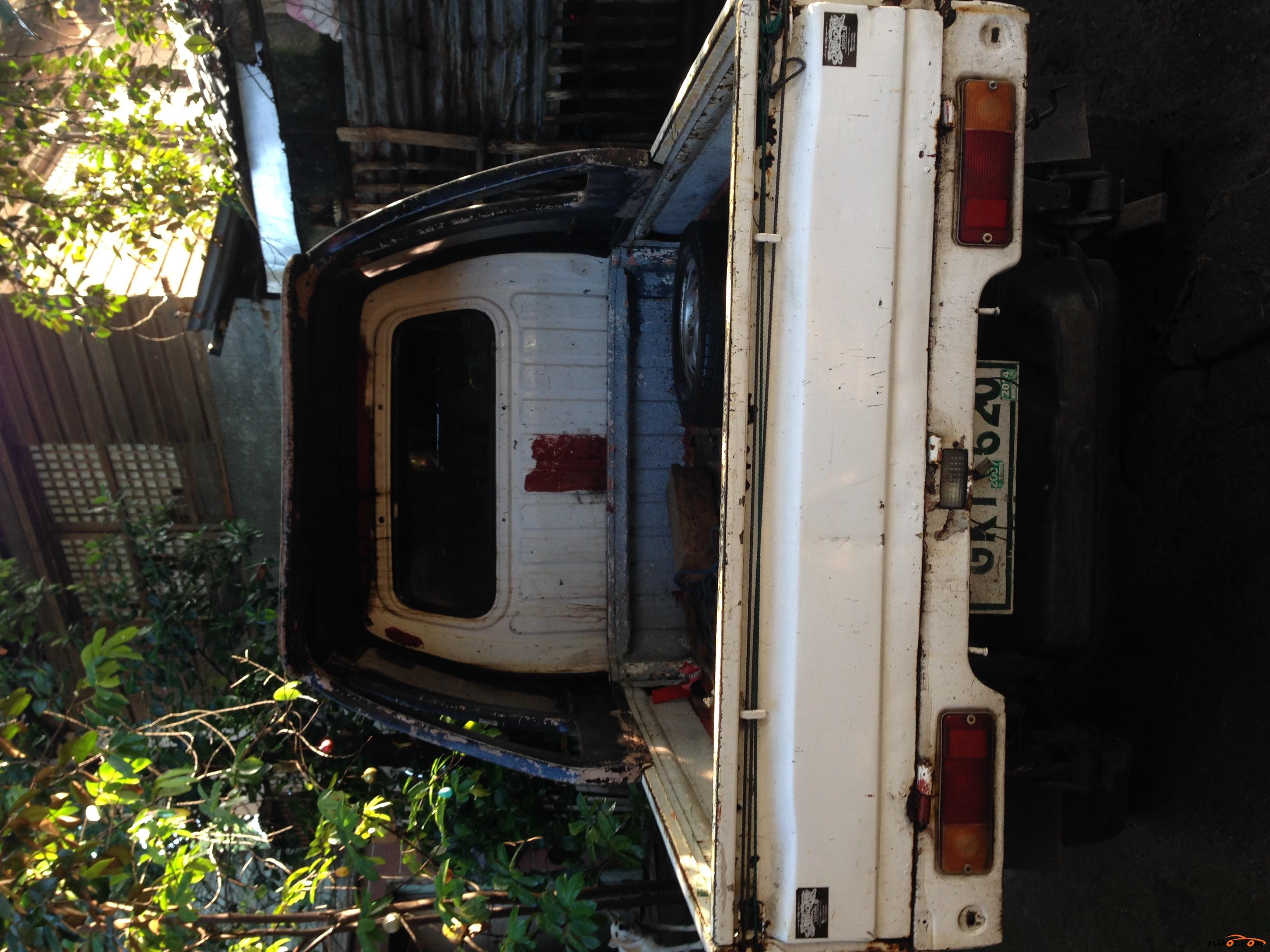 Suzuki Multi-Cab 2001 - 3