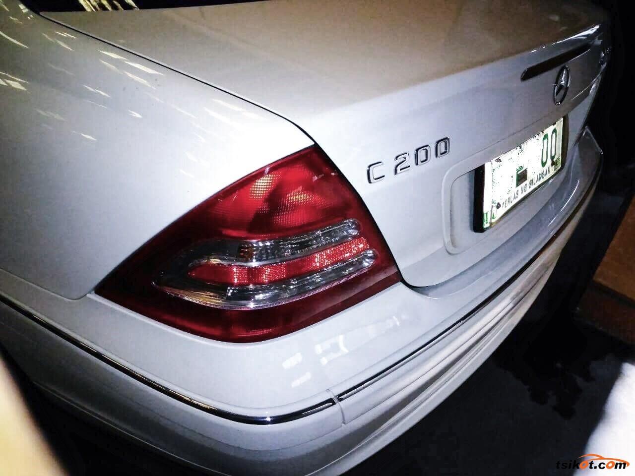 Mercedes-Benz C-Class 2008 - 9