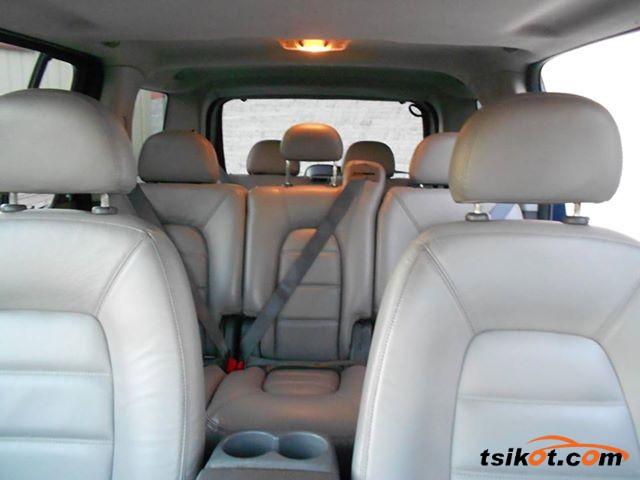 Ford Explorer 2005 - 4