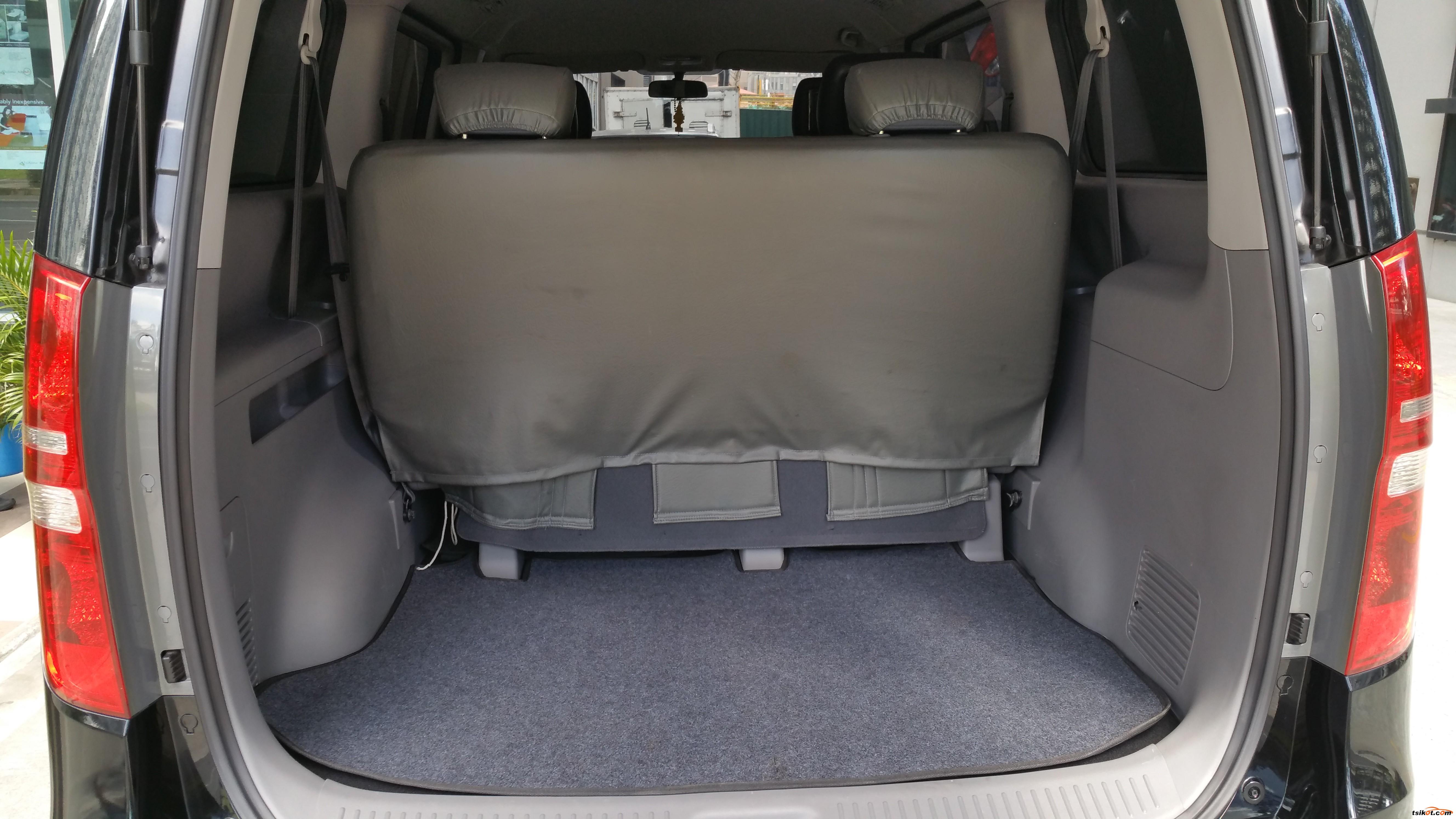 Hyundai Starex 2012 - 5