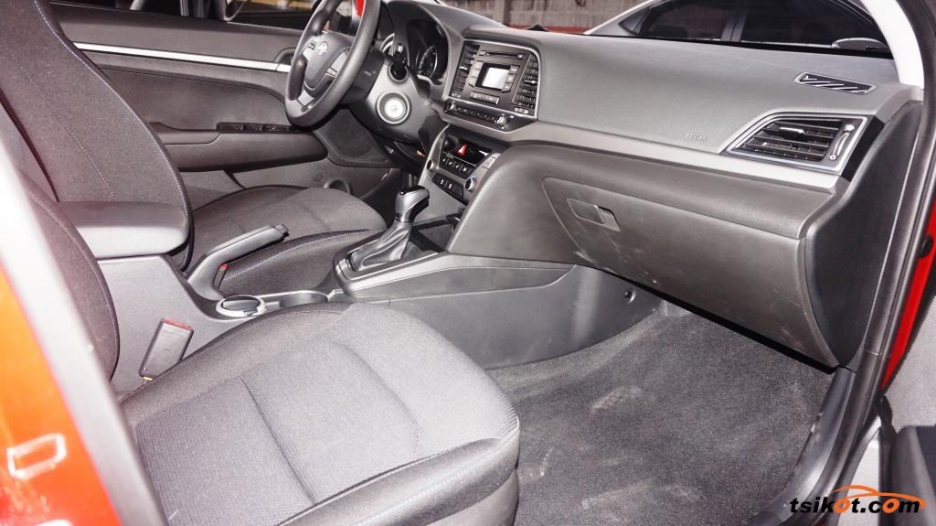 Hyundai Elantra 2016 - 2