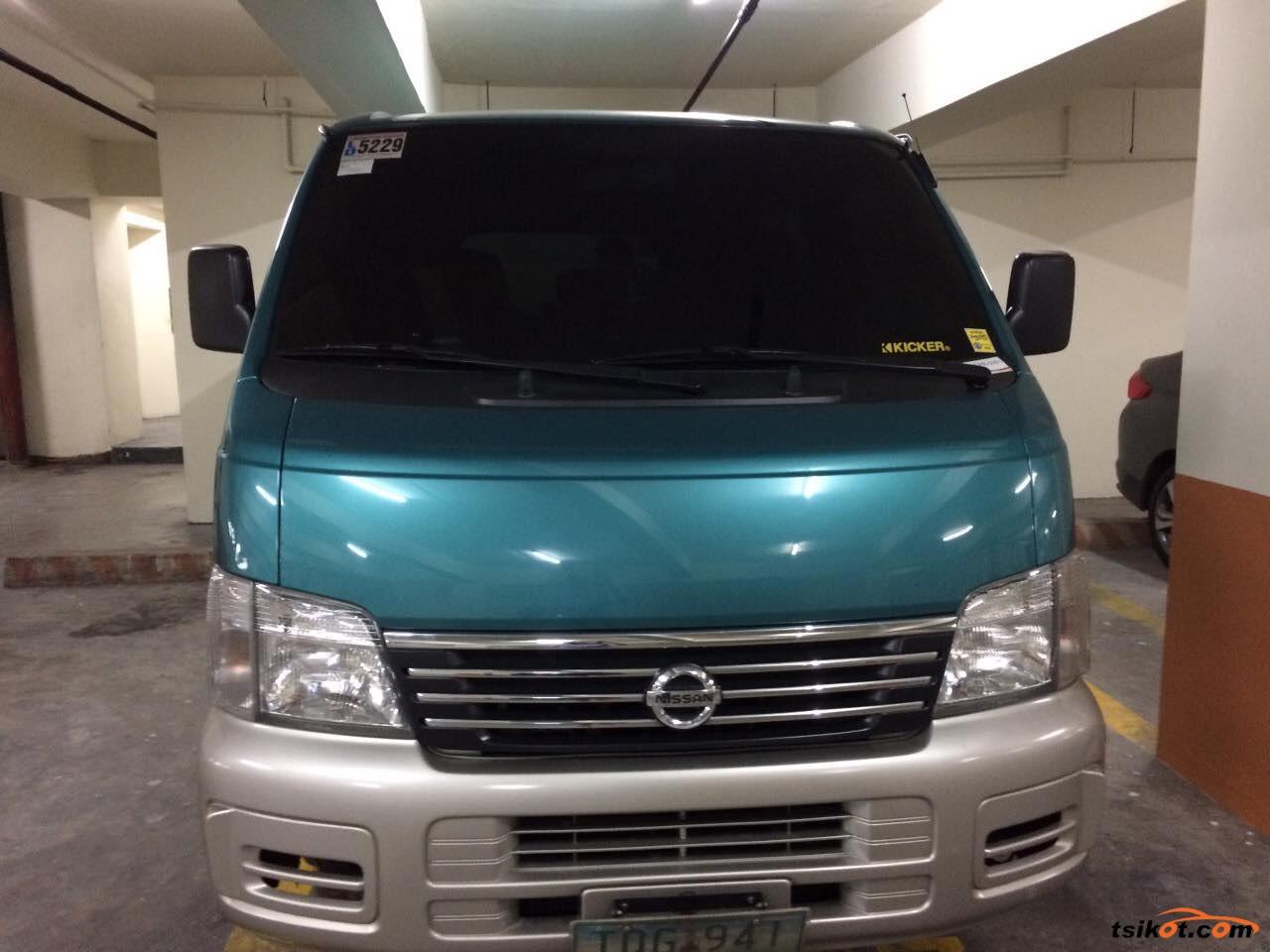 Nissan Urvan 2012 - 1