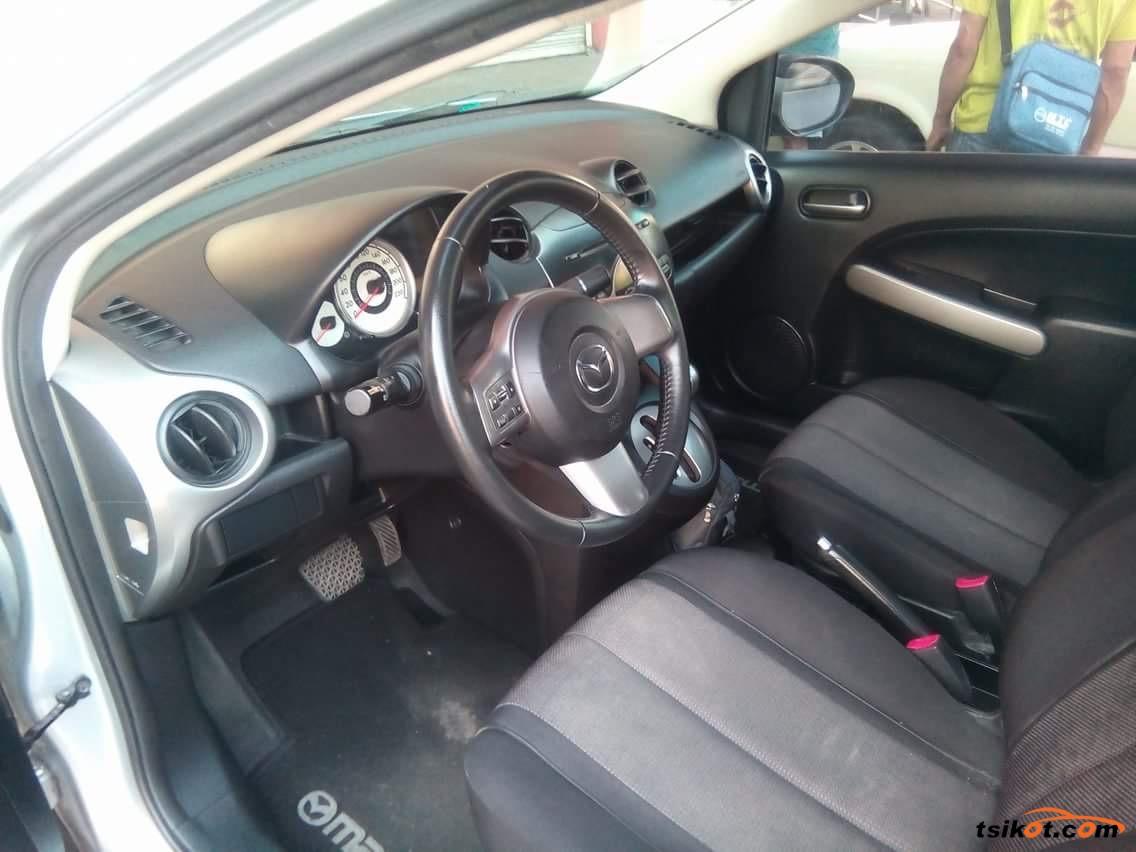 Mazda 2 2010 - 4