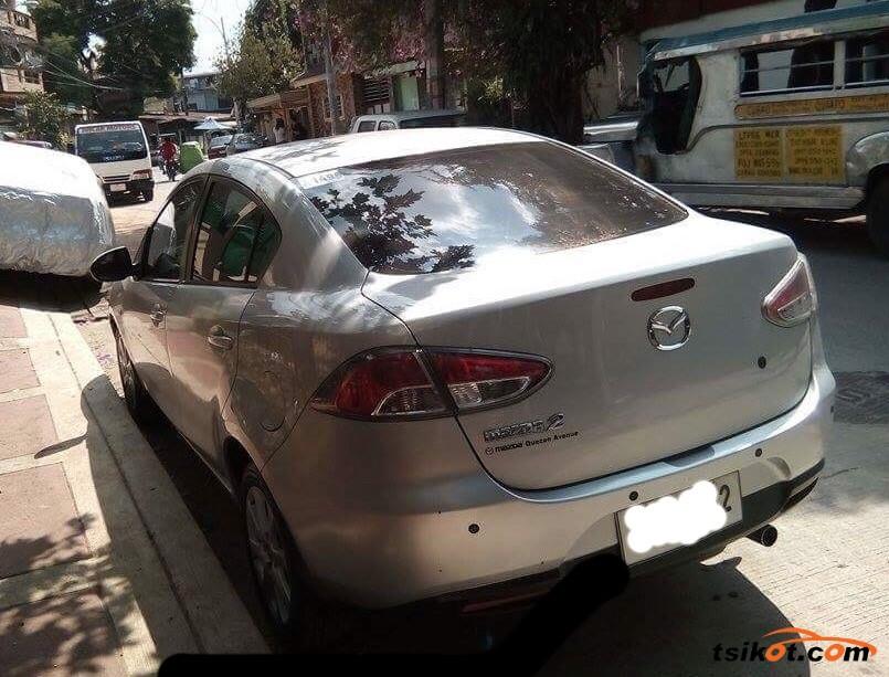 Mazda 2 2010 - 6