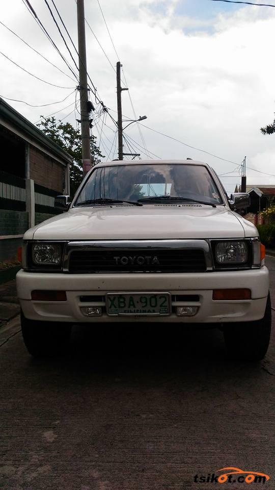 Toyota 4Runner 1995 - 9