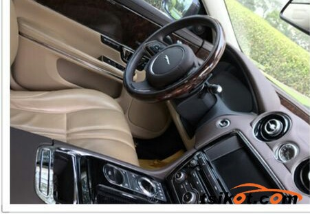 Jaguar Xj 2015 - 2