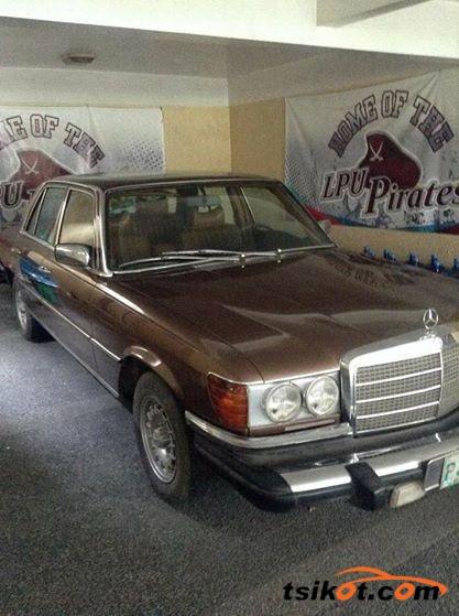 Mercedes-Benz 300 1979 - 3