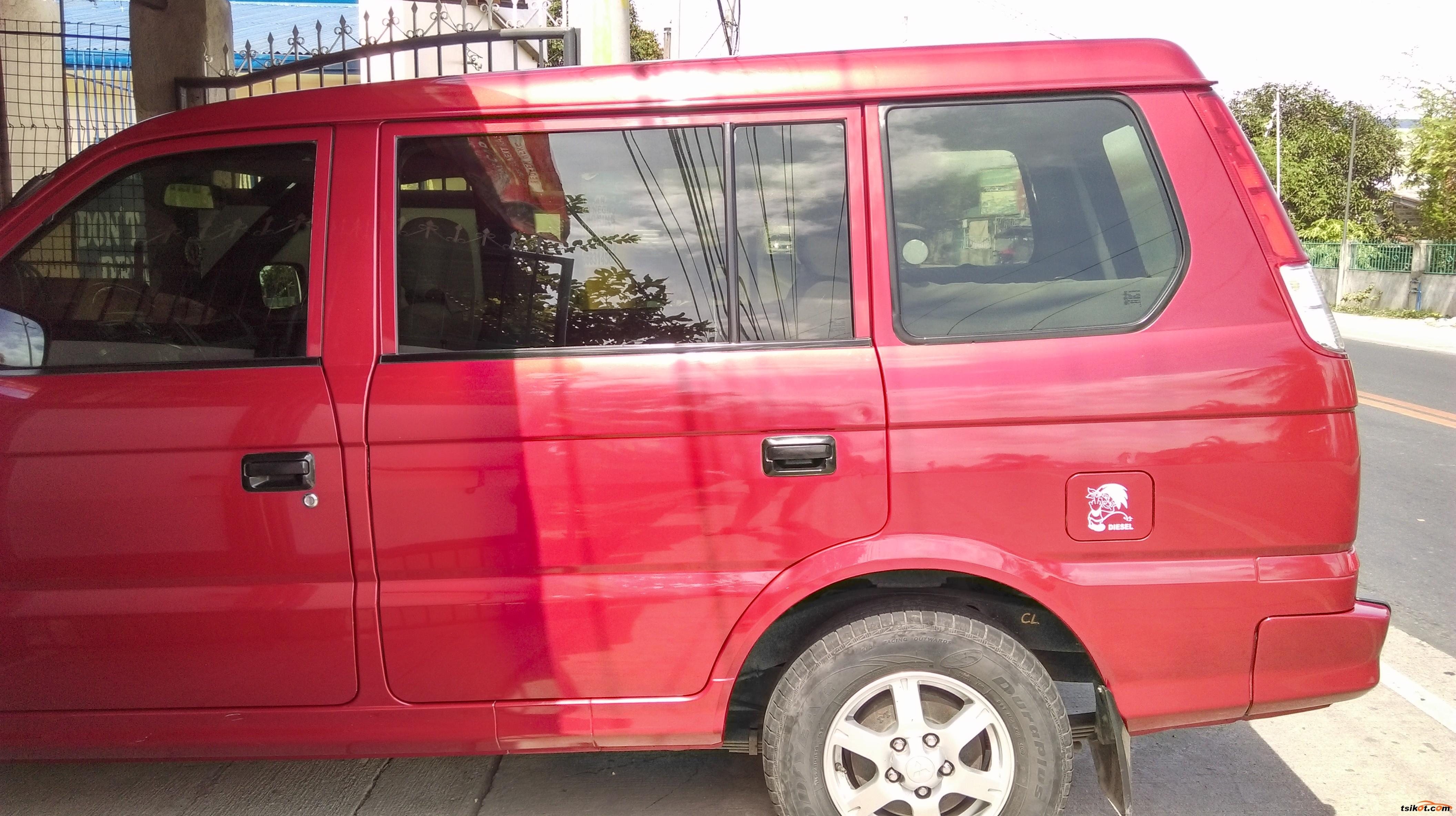 Mitsubishi Adventure 2011 - 5