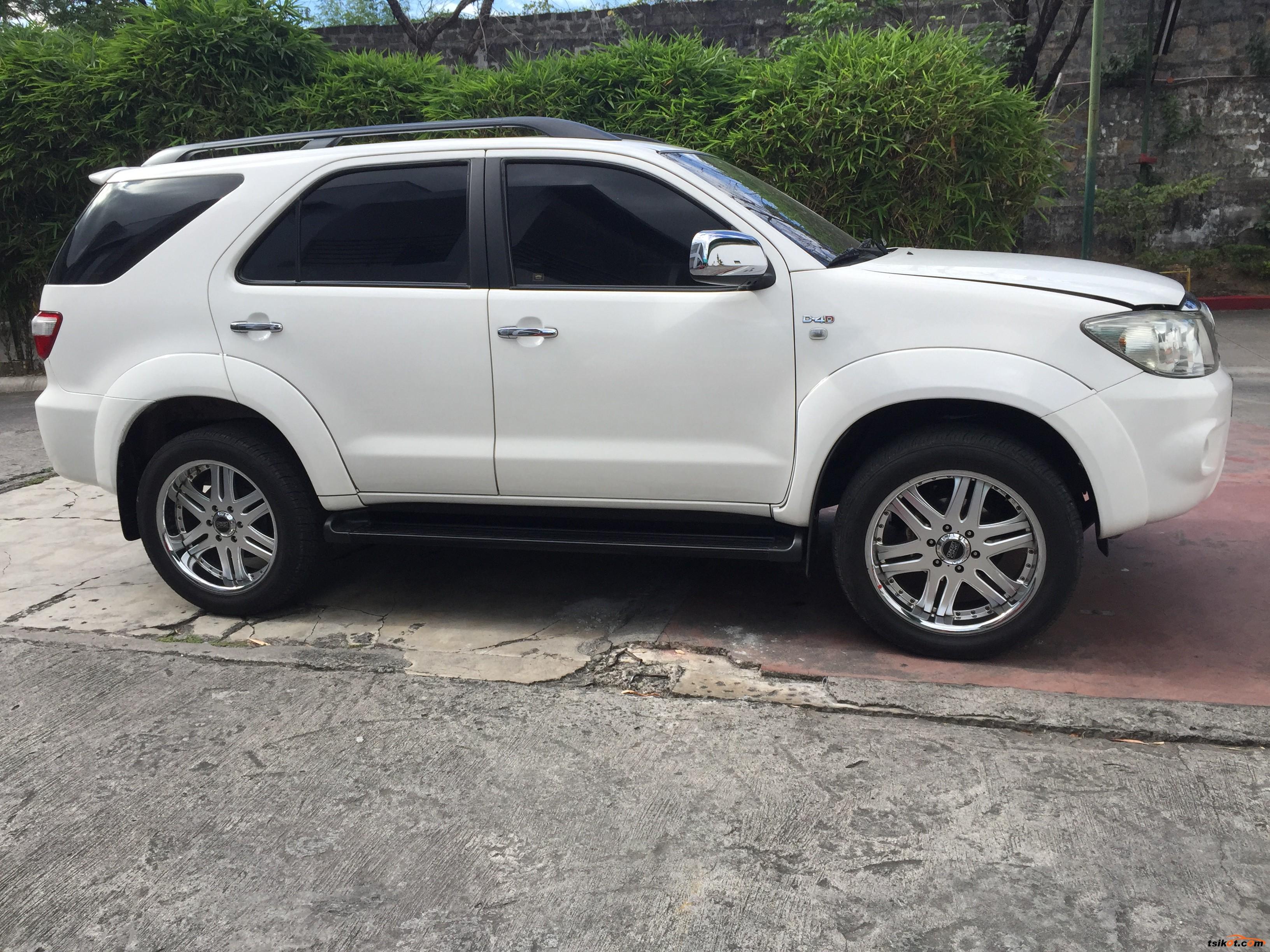 Toyota Fortuner 2009 Car For Sale Metro Manila