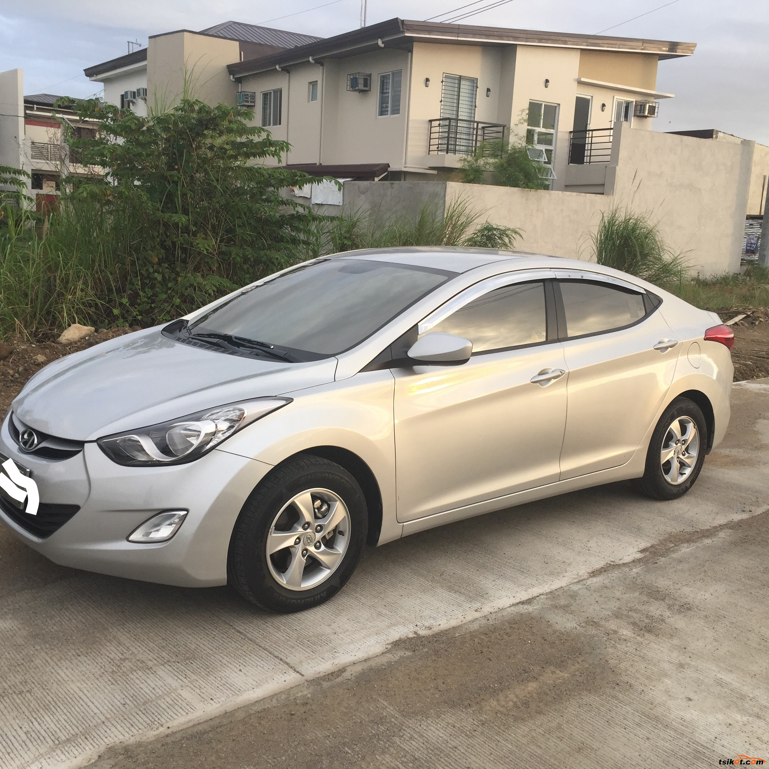 hyundai elantra 2012 car for sale metro manila. Black Bedroom Furniture Sets. Home Design Ideas