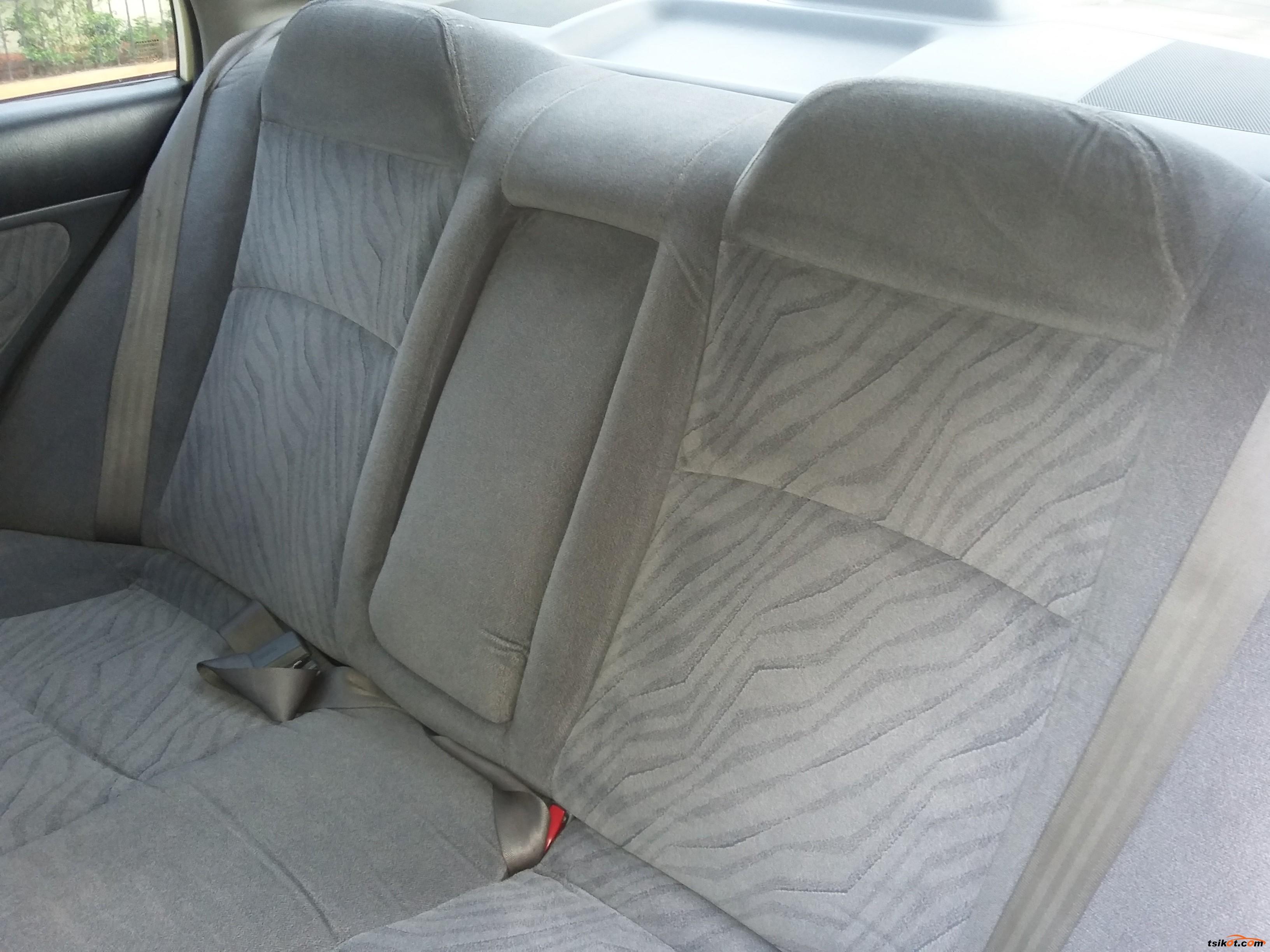 Honda Civic 2001 - 10