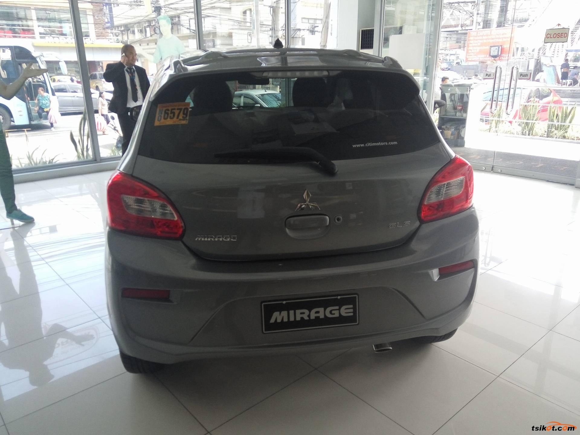 Mitsubishi Mirage 2017 - 3