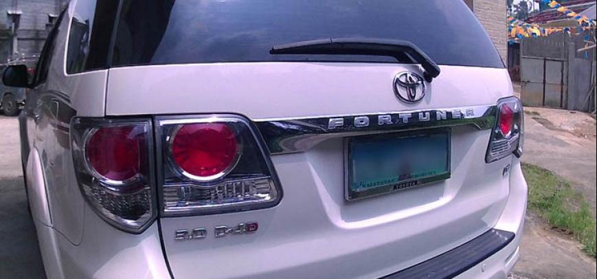 Toyota Fortuner 2012 - 23