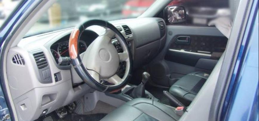 Isuzu D-Max 2006 - 4