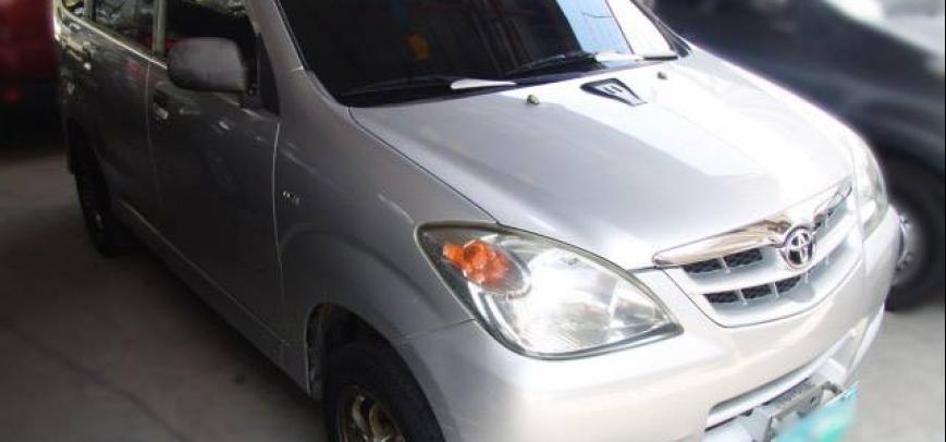 Toyota Avanza 2010 - 6