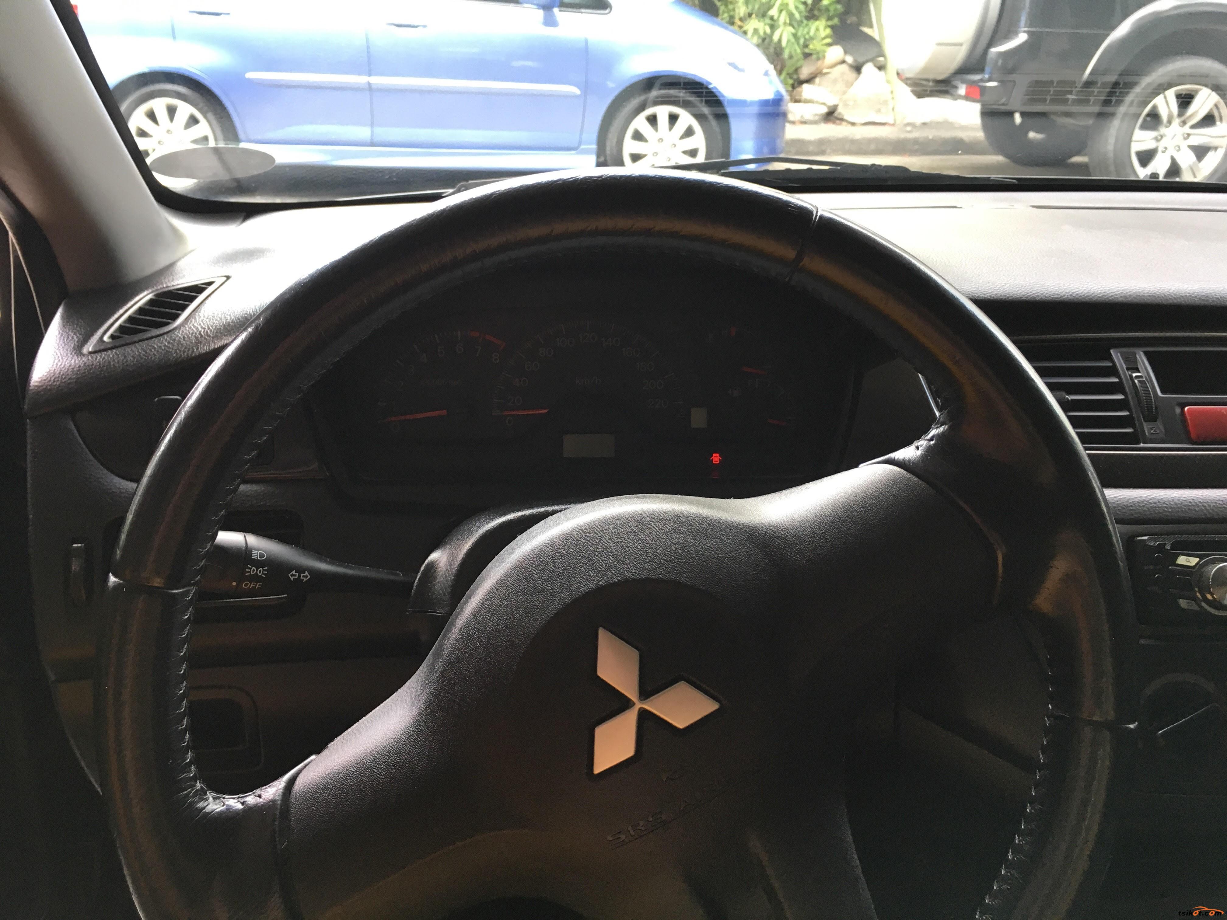 Mitsubishi Lancer 2012 - 9