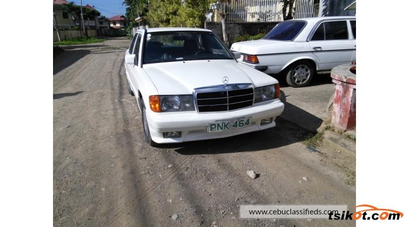 Mercedes-Benz 190 1988 - 4