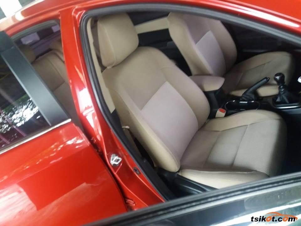 Toyota Corolla 2015 - 3