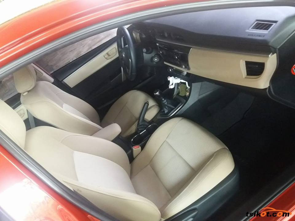 Toyota Corolla 2015 - 4